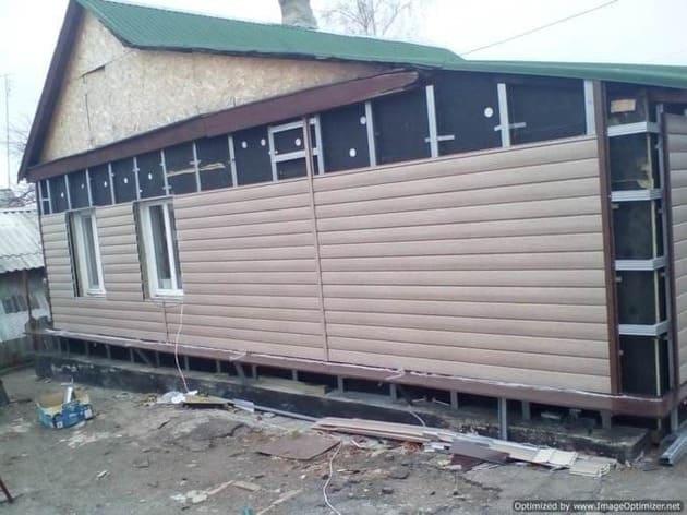 облицовка фасада дома сайдингом